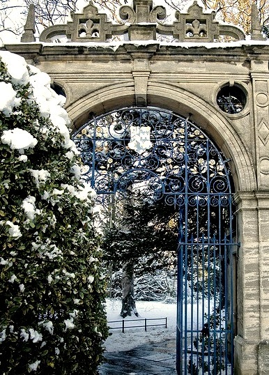 Frosty Gate, Oxford University, England