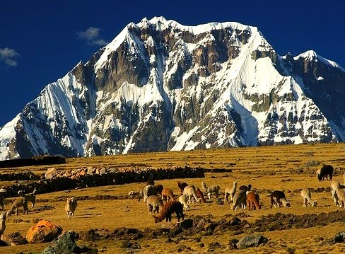 Ausangate 6384m is a mountain of the Cordillera Vilcanota range in the Andes of Peru. The mountain was ascended by Heinrich Harrer in 1953 best known for his books...