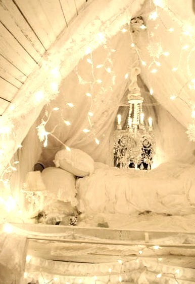 Lighted Bed Alcove, New York