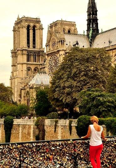 Parisien Girl by eaglelam89 on Flickr.