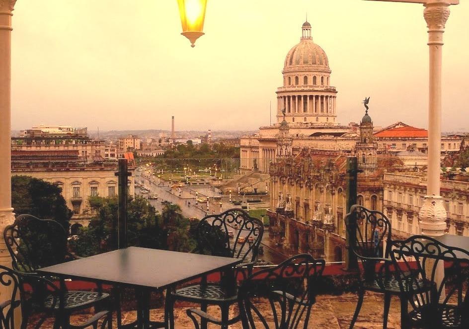 Terrace with a view, Havana / Cuba